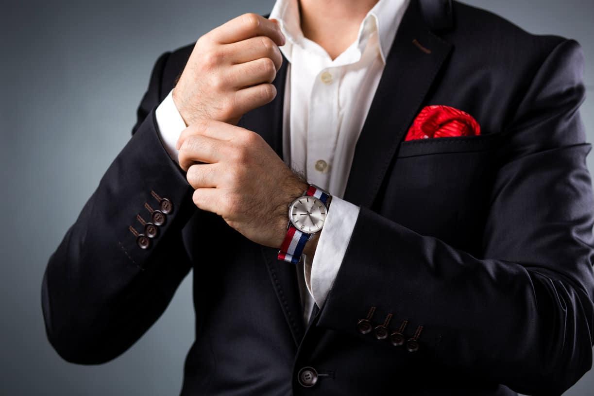 Mariage et bijoux : quelques accessoires indispensables pour les hommes aussi !