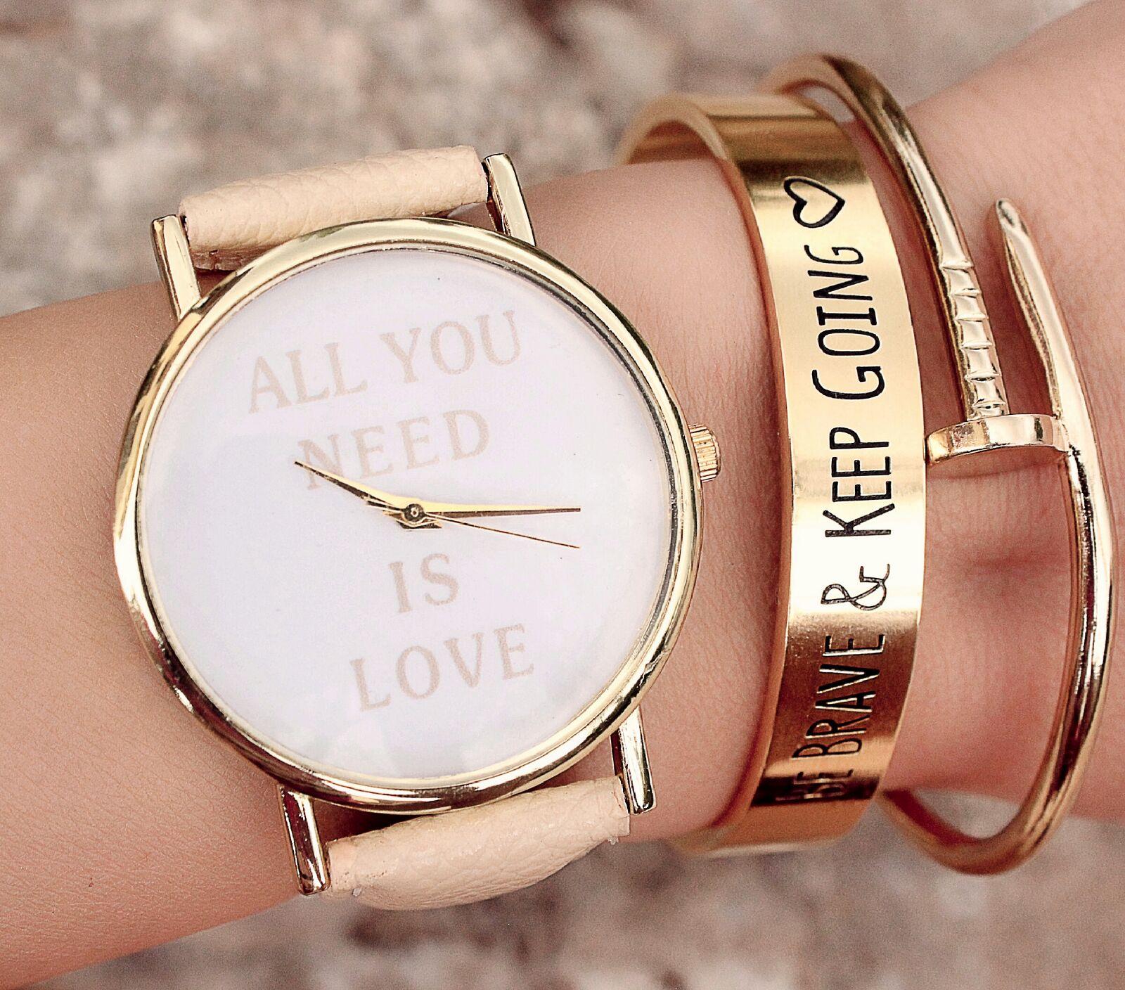 Les montres femme tendance pour briller à la rentrée
