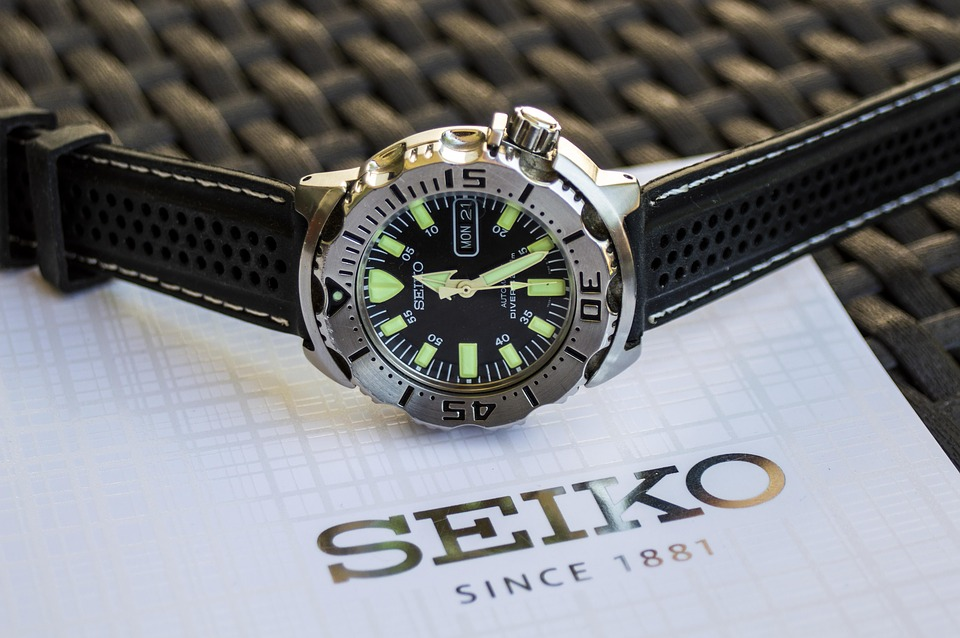 Comment régler sa montre automatique ?