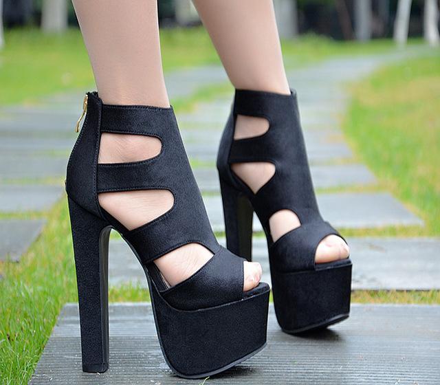 Boots femme, comment choisir la bonne paire ?