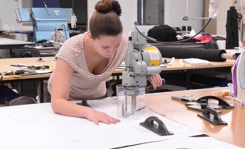 Une application pour connaître les conditions de fabrication des vêtements
