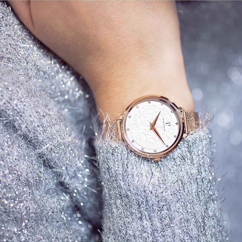 Quelle montre Pierre Lannier choisir pour une femme ?
